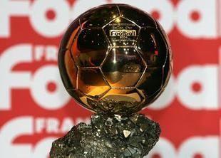 """50 مرشحاً لنيل جائزة """"الكرة الذهبية"""""""