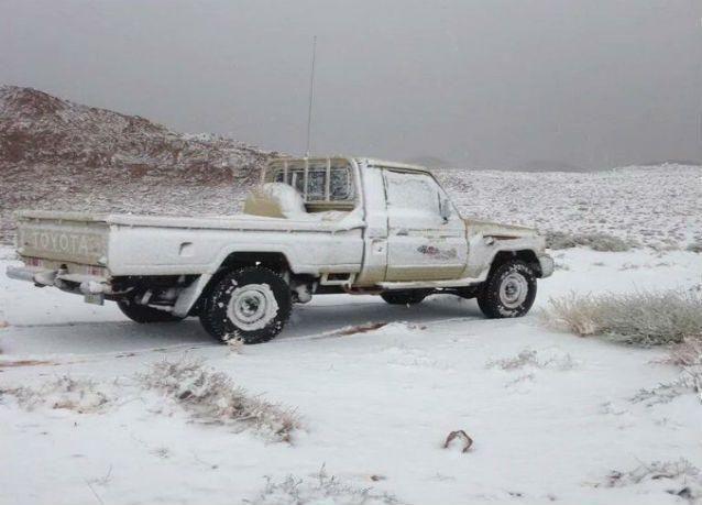 بالصور .. الثلوج تكسو تبوك للمرة الأولى هذا الموسم