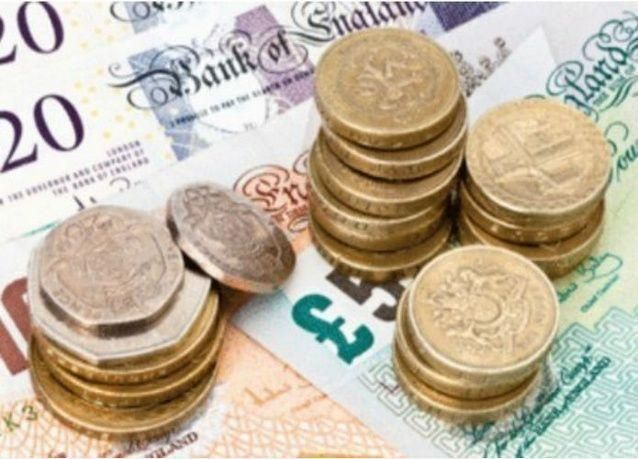 بريطانيا تصدر جنيها استرلينيا معدنيا يصعب تزويره في 2017
