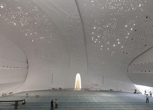 بالصور : أغرب المعابد الدينية في العالم