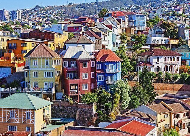 بالصور : أجمل المدن الملونة في العالم