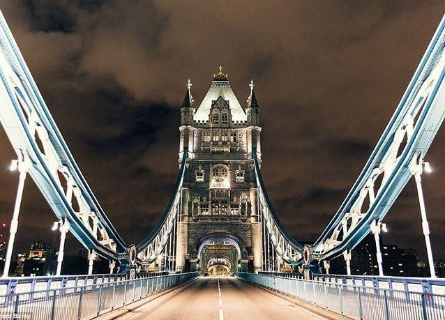 صور نادرة للمعالم الشهيرة في لندن .. تبدو كمدينة أشباح خالية من الزوار