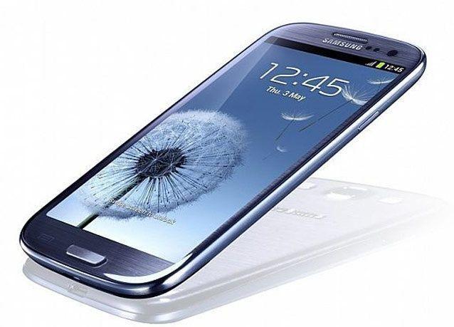 بالصور: أفضل 10 هواتف 4G في 2013