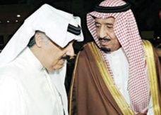 أفراد الأسرة الحاكمة يزورون العاهل السعودي بالمستشفى بعد العملية الجراحية