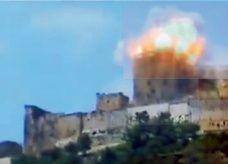 قصف قلعة الحصن الأثرية في محافظة حمص