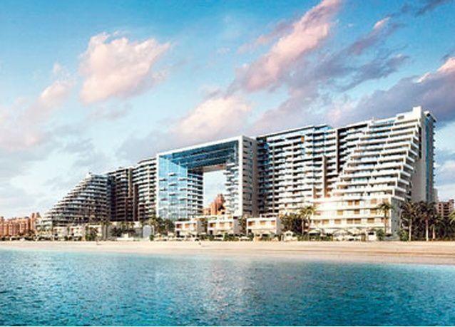 """الإمارات: 2.4 مليار درهم مبيعات """"سكاي القابضة"""" في """"فايسروي نخلة جميرا"""""""