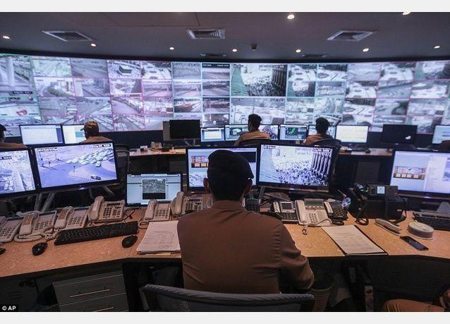 بالصور: 5000 كاميرا لضمان سلامة 3 ملايين حاج في مكة