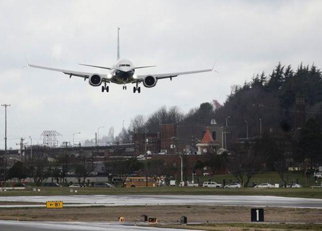 """بالصور : بوينغ """"737 MAX"""" تكمل الرحلة الأولى بنجاح"""
