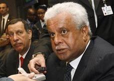 قطر: مفاوضات مع توتال وشل بشأن مشاريع بتروكيماوية