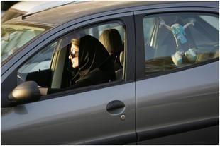 حملة جديدة لتحدي حظر قيادة السعوديات للسيارات في 26 اكتوبر