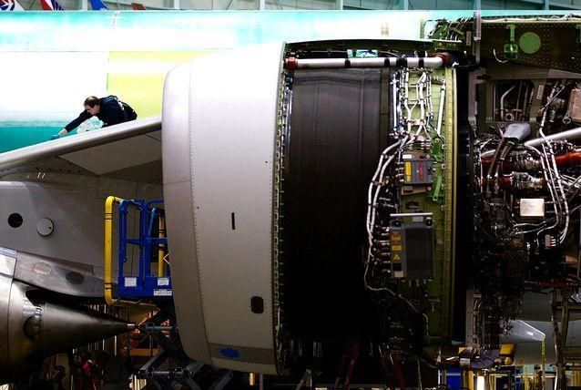 بالصور: بوينغ تكشف عن طائرتها العملاقة 747-8 إنتركونتننتال