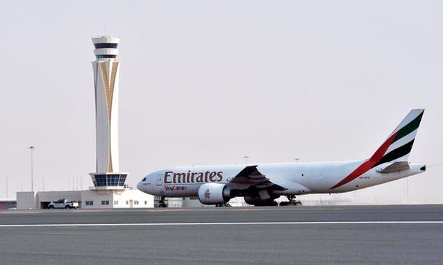 تشغيل مبنى المسافرين في مطار آل مكتوم يوم 27 أكتوبر