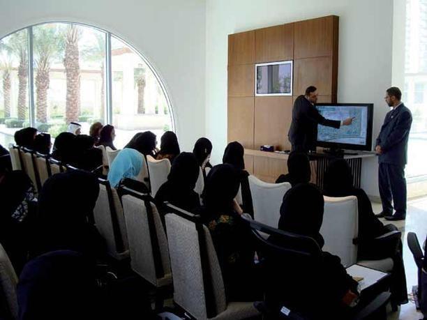 أكثر من 50% من النساء العاملات في منطقة الخليج العربي يطمحن للوصول إلى مناصب إدارية عليا