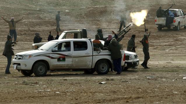 عمرو موسى يدعو لفرض حظر جوي على ليبيا