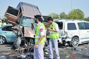 17 مليار درهم تكلفة حوادث المرور في الإمارات خلال 3 سنوات
