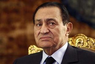 رئيس محكمة مصرية: الإعدام شنقاً في انتظار مبارك