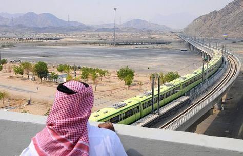 السعودية: لا تأثير لشبكة القطارات في مكة على شركات النقل