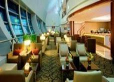 """""""طيران الإمارات"""" يفتتح صالة جديدة للدرجة الأولى في مطار دبي"""