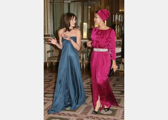 الشيخة موزة وكارلا بروني وكيت ميدلتون.. أكثر نساء العالم أناقة