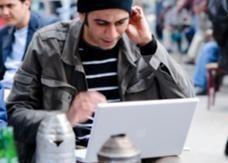 دراسة: 7% من المدونين العرب تعرضوا للاعتقال و30% للتهديد
