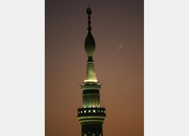 لص يمني في مكة ينفذ عملياته وقت الإفطار أوالسحور