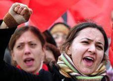 العنف ضد المرأة في تركيا يقتل واحدة كل يوم