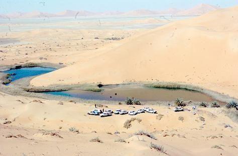 السعودية: وفاة مقيم عطشاً علقت سيارته في منطقة صحراوية