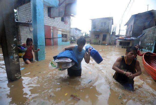 بالصور: الإعصار المداري نيسات يخلف 18 قتيلاً في الفلبين