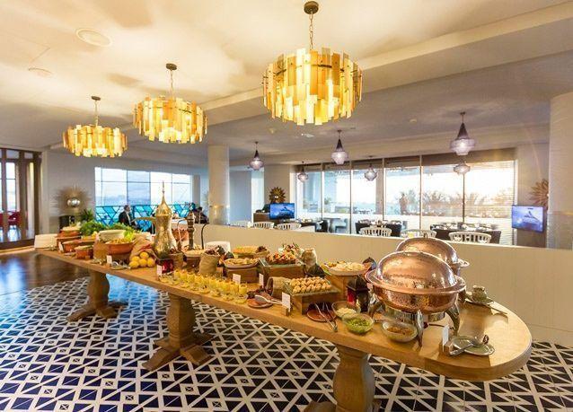 """""""دبل تري"""" من هيلتون دبي جميرا بيتش يعلن عن برامجه للاحتفال برمضان في مطعم """"المائدة"""""""