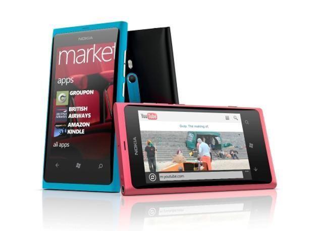بالصور: نوكيا تطلق هاتفين جديدين بنظام تشغيل ويندوز فون 7