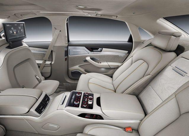 صور سيارة أودي A8 سيدان الجديدة