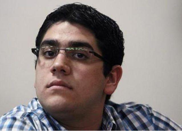 محكمة مصرية تؤيد حبس ابن محمد مرسي عاماً لإدانته بتعاطي مخدر الحشيش