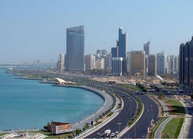 التباطؤ يدفع شركات المحاماة الغربية إلى النزوح من أبوظبي