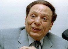 """عادل إمام """"سيطعن"""" على الحكم بسجنه ثلاثة أشهر"""