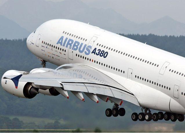 إيران تنوي شراء أكبر طلبية طائرات في تاريخ بوينج وإيرباص