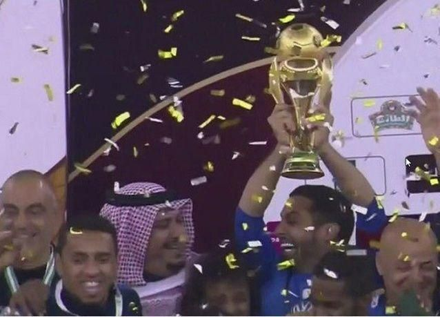 الهلال يهزم الأهلي ويحرز لقب كأس ولي العهد السعودي.. والوليد بن طلال يتبرع بمليون ريال