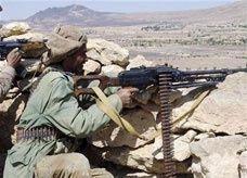 جماعة مرتبطة بتنظيم القاعدة تفرج عن 73 جندياً يمنياً