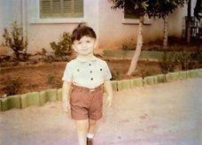 صورة للوليد بن طلال وهو طفل تحظى باهتمام على تويتر
