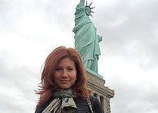 الحسناء الروسية الجاسوسة آنا شابمان.. عارضة أزياء في تركيا