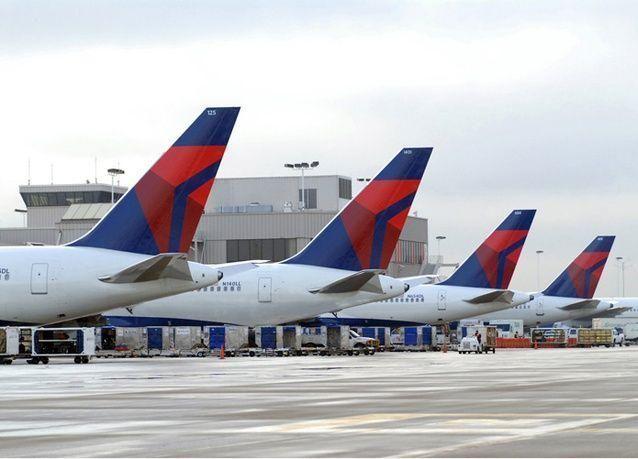 أكبر شركة طيران أمريكية يتضرر نشاطها جراء المنافسة مع شركات طيران خليجية