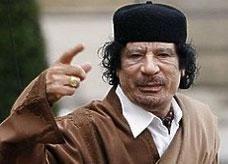عشيرة صدام حسين تتوعد بالانتقام من قاتلي القذافي