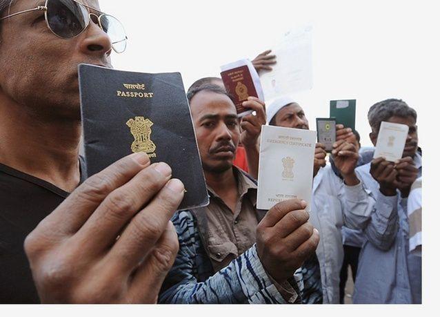 تحويلات الأجانب في السعودية تستمر بالتراجع