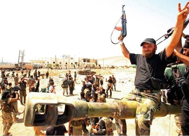 """سوريا: مقتل """"أمير الدولة الإسلامية"""" في اشتباكات بين """"الحر"""" و""""داعش"""" بريف إدلب"""