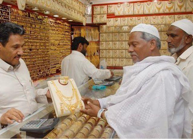الرياض توقف منح رخص للمستثمرين الأجانب في قطاع الذهب والمجوهرات بالسعودية