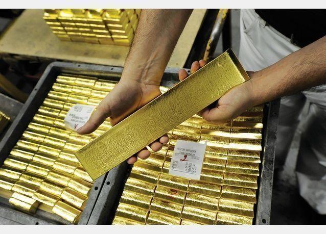 تراجع سعر الذهب 0.1% إلى 1674.36 دولار للأونصة