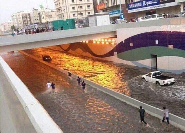 لماذا يضعف الإنترنت في السعودية أثناء هطول الأمطار؟