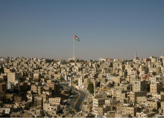 الأردن : سقوط طائرة مروحية عسكرية وأنباء عن مقتل قائدها