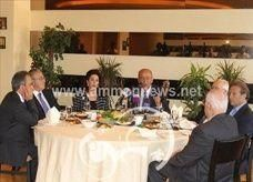 رئيس مجلس إدارة 'البنك العربي' الجديد يقول إن آل الحريري مظلومون ويعانون من مشاكل مالية