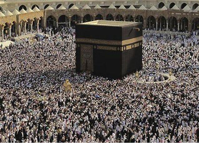 أغلبهم مصريون.. مصرع 15 معتمر في السعودية