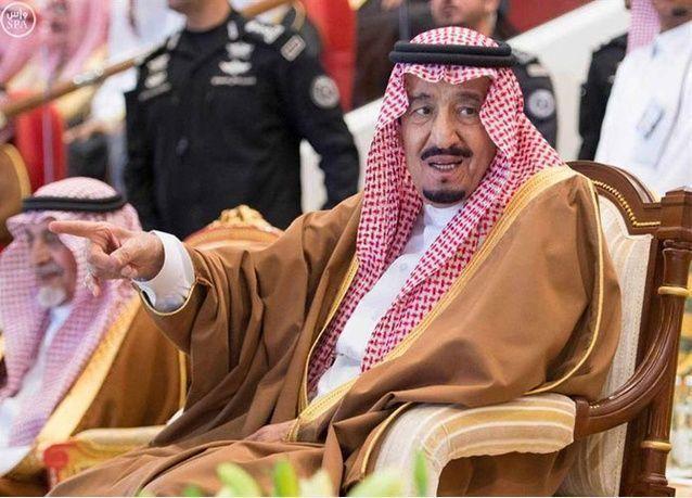 افتتاح الدورة 30 لمهرجان الجنادرية في السعودية وسط حضور عربي وأجنبي رفيع